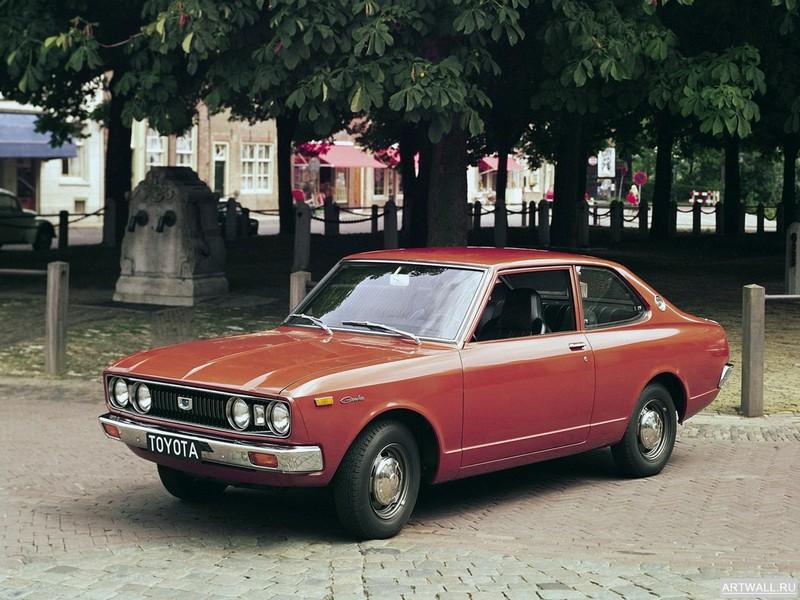 Постер Toyota Carina 1600 2-door Limousine EU-spec (TA12) 1974-75, 27x20 см, на бумагеToyota<br>Постер на холсте или бумаге. Любого нужного вам размера. В раме или без. Подвес в комплекте. Трехслойная надежная упаковка. Доставим в любую точку России. Вам осталось только повесить картину на стену!<br>