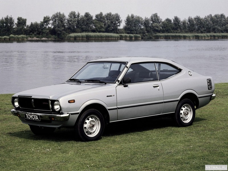 Постер Toyota Corolla Hardtop Coupe (E37) 1974-79, 27x20 см, на бумагеToyota<br>Постер на холсте или бумаге. Любого нужного вам размера. В раме или без. Подвес в комплекте. Трехслойная надежная упаковка. Доставим в любую точку России. Вам осталось только повесить картину на стену!<br>