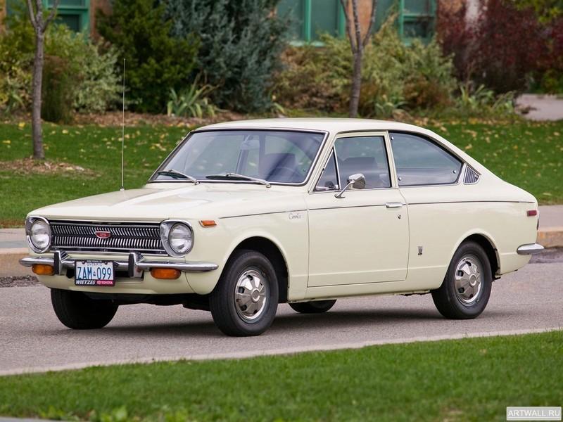 Постер Toyota Corolla Sprinter (E15 17) 1966-70, 27x20 см, на бумагеToyota<br>Постер на холсте или бумаге. Любого нужного вам размера. В раме или без. Подвес в комплекте. Трехслойная надежная упаковка. Доставим в любую точку России. Вам осталось только повесить картину на стену!<br>