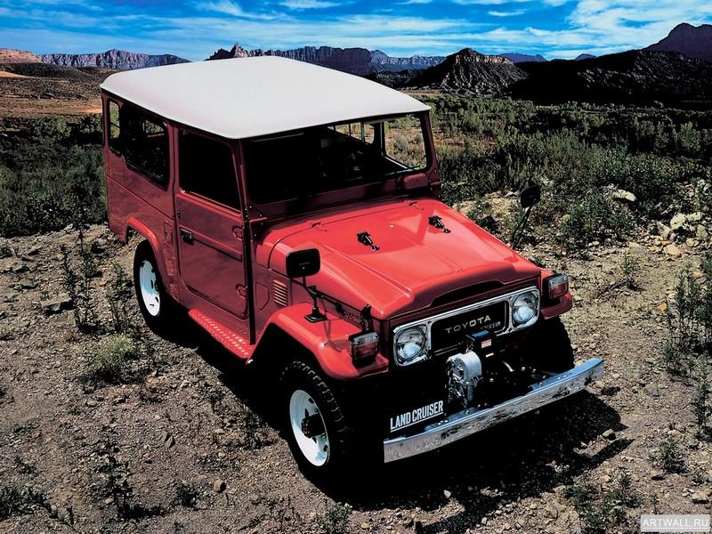 Постер Toyota Land Cruiser 40 (BJ44V) 1979-82, 27x20 см, на бумагеToyota<br>Постер на холсте или бумаге. Любого нужного вам размера. В раме или без. Подвес в комплекте. Трехслойная надежная упаковка. Доставим в любую точку России. Вам осталось только повесить картину на стену!<br>
