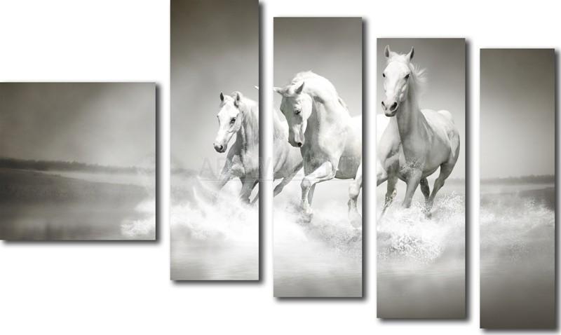 Модульная картина «Три белых коня»Животные и птицы<br>Модульная картина на натуральном холсте и деревянном подрамнике. Подвес в комплекте. Трехслойная надежная упаковка. Доставим в любую точку России. Вам осталось только повесить картину на стену!<br>