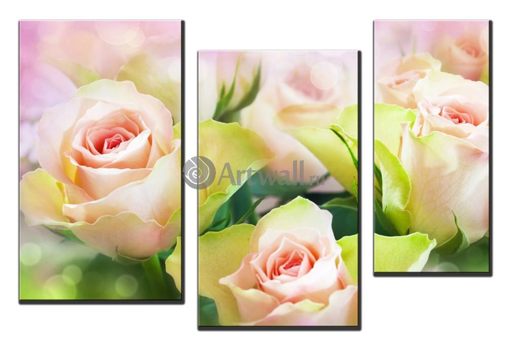 Модульная картина «Три розы»Цветы<br>Модульная картина на натуральном холсте и деревянном подрамнике. Подвес в комплекте. Трехслойная надежная упаковка. Доставим в любую точку России. Вам осталось только повесить картину на стену!<br>