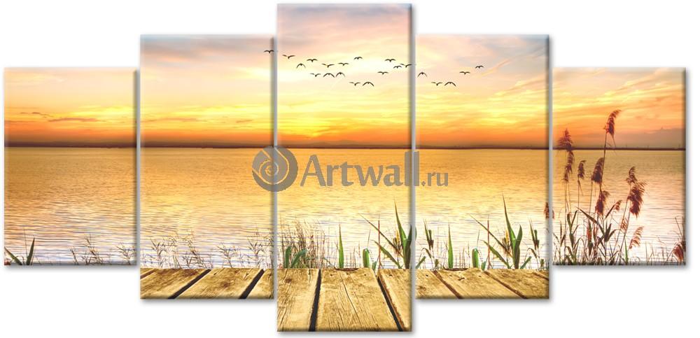 Модульная картина «Теплый закат»Природа<br>Модульная картина на натуральном холсте и деревянном подрамнике. Подвес в комплекте. Трехслойная надежная упаковка. Доставим в любую точку России. Вам осталось только повесить картину на стену!<br>