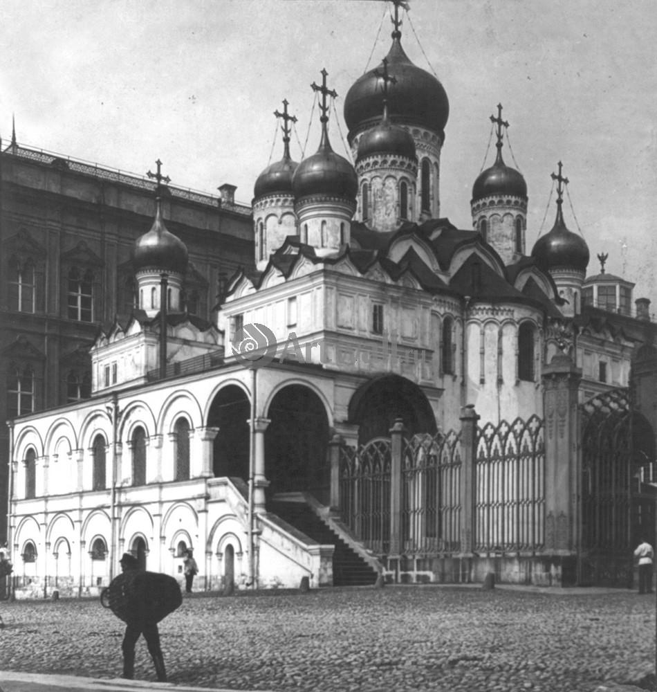 Постер Москва - старые фотографии ЦерковьМосква - старые фотографии<br>Постер на холсте или бумаге. Любого нужного вам размера. В раме или без. Подвес в комплекте. Трехслойная надежная упаковка. Доставим в любую точку России. Вам осталось только повесить картину на стену!<br>