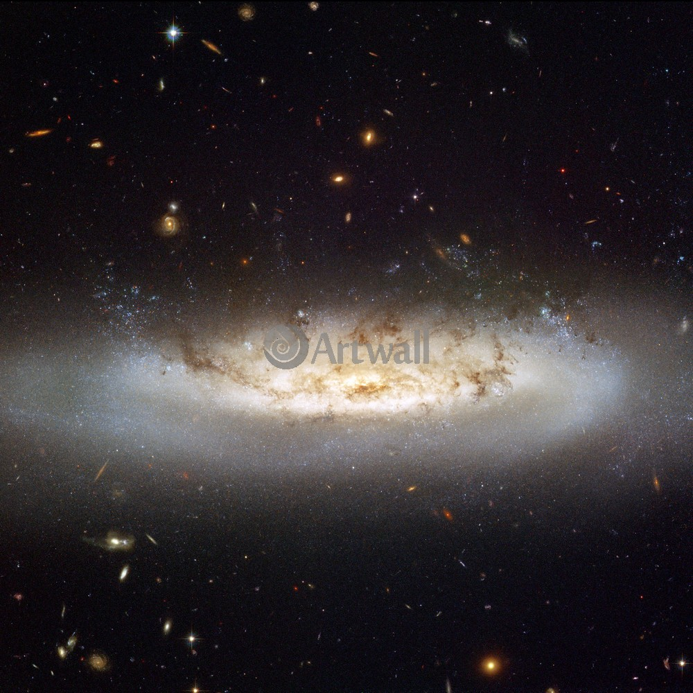 Постер Фотографии галактики NASA Постер 44581Фотографии галактики NASA<br>Постер на холсте или бумаге. Любого нужного вам размера. В раме или без. Подвес в комплекте. Трехслойная надежная упаковка. Доставим в любую точку России. Вам осталось только повесить картину на стену!<br>