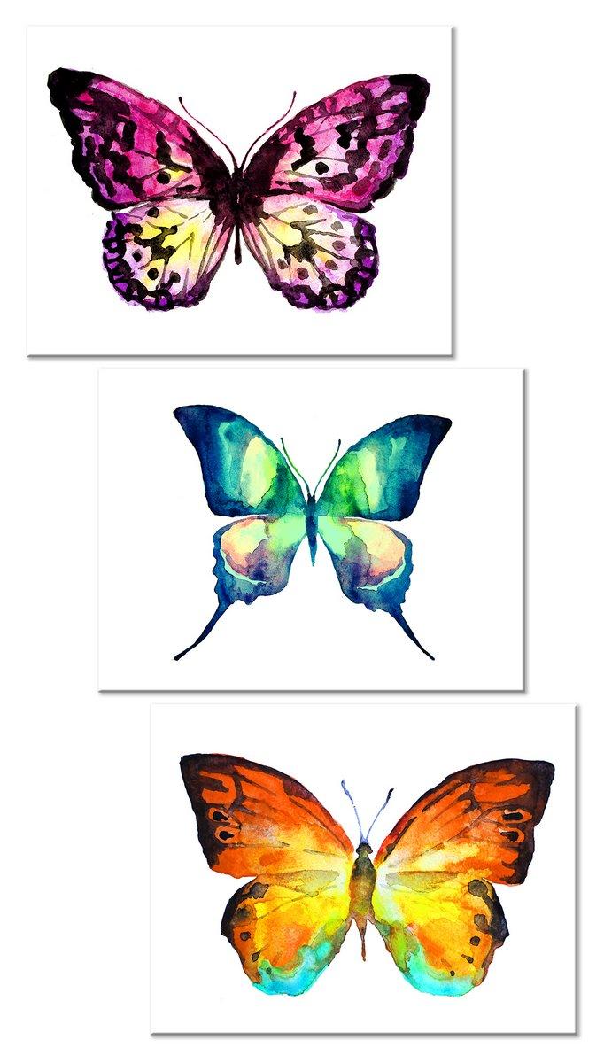 Модульная картина «Три бабочки»Животные и птицы<br>Модульная картина на натуральном холсте и деревянном подрамнике. Подвес в комплекте. Трехслойная надежная упаковка. Доставим в любую точку России. Вам осталось только повесить картину на стену!<br>