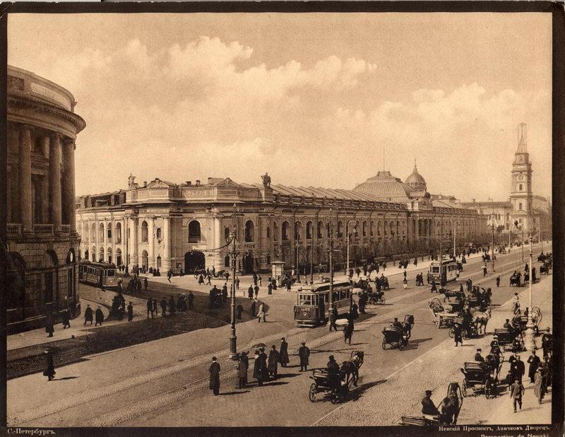 Постер Санкт-Петербург - старые фотографии Гостиный дворСанкт-Петербург - старые фотографии<br>Постер на холсте или бумаге. Любого нужного вам размера. В раме или без. Подвес в комплекте. Трехслойная надежная упаковка. Доставим в любую точку России. Вам осталось только повесить картину на стену!<br>