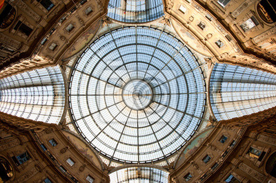 """Постер Города и карты """"Стеклянный купол Galleria Vittorio Emanuele II торговая галерея."""", 30x20 см, на бумаге от Artwall"""