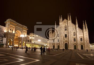 """Постер Города и карты """"Пьяцца дель Дуомо ночью, Милан, Италия"""", 29x20 см, на бумаге от Artwall"""