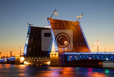 """Постер Города и карты """"Разведеный Дворцовый мост ночью летней крупным планом. Санкт-Петербург"""", 30x20 см, на бумаге от Artwall"""