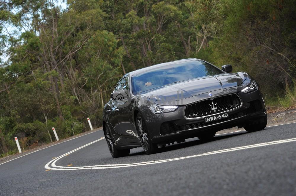 """Постер """"Maserati Ghibli"""", 30x20 см, на бумаге от Artwall"""