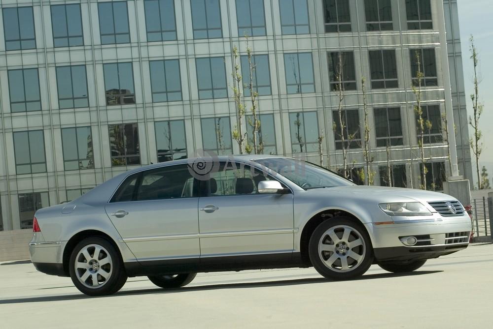 "Постер ""Volkswagen Phaeton"", 30x20 см, на бумаге от Artwall"