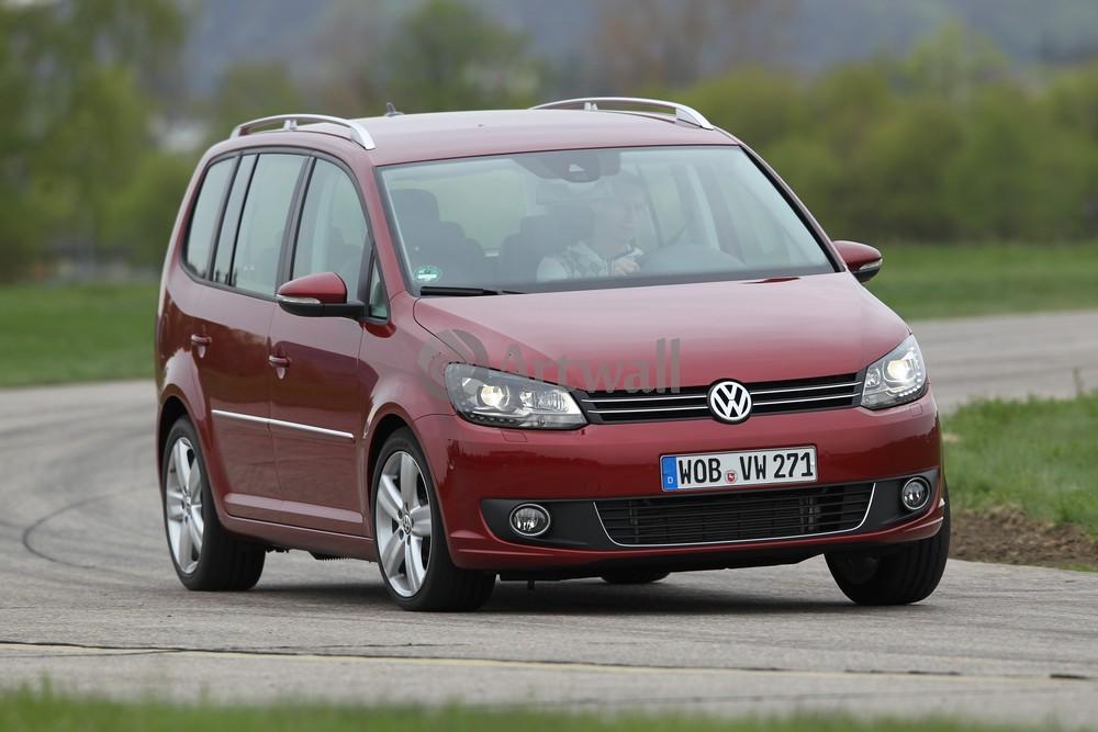 "Постер ""Volkswagen Touran"", 30x20 см, на бумаге от Artwall"