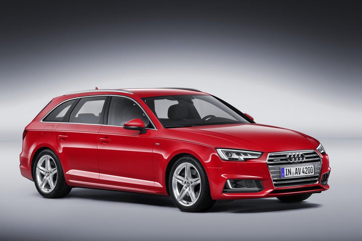 """Постер """"Audi A4 Avant V (2014)"""", 30x20 см, на бумаге от Artwall"""