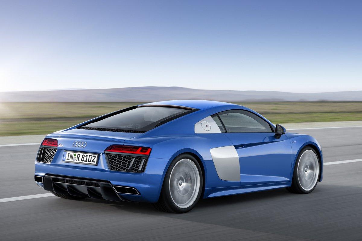 """Постер """"Audi R8 купе II (2015)"""", 30x20 см, на бумаге от Artwall"""