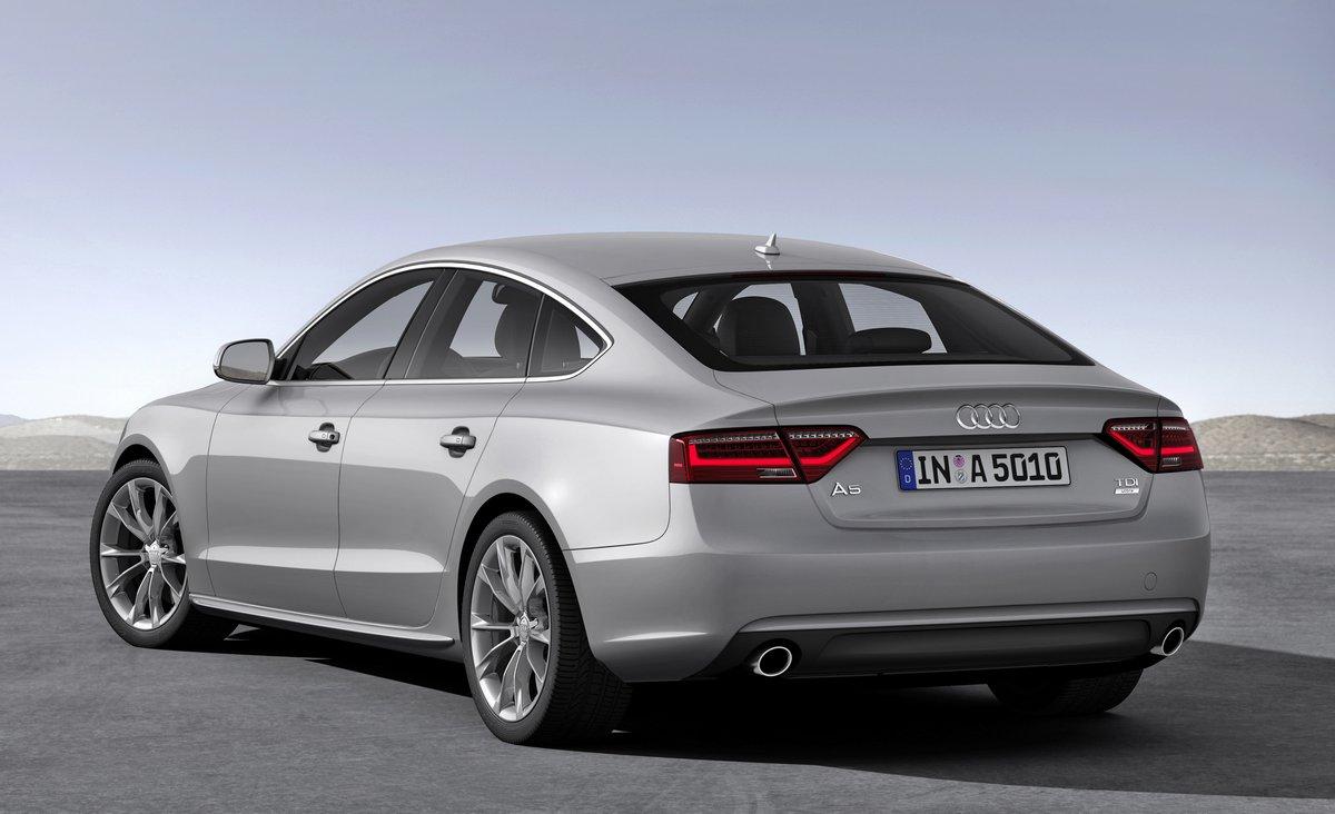"""Постер """"Audi A5 Sportback (2016)"""", 33x20 см, на бумаге от Artwall"""