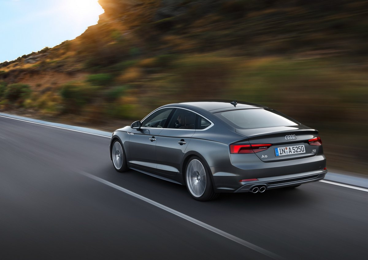 """Постер """"Audi A5 Sportback (2016)"""", 28x20 см, на бумаге от Artwall"""