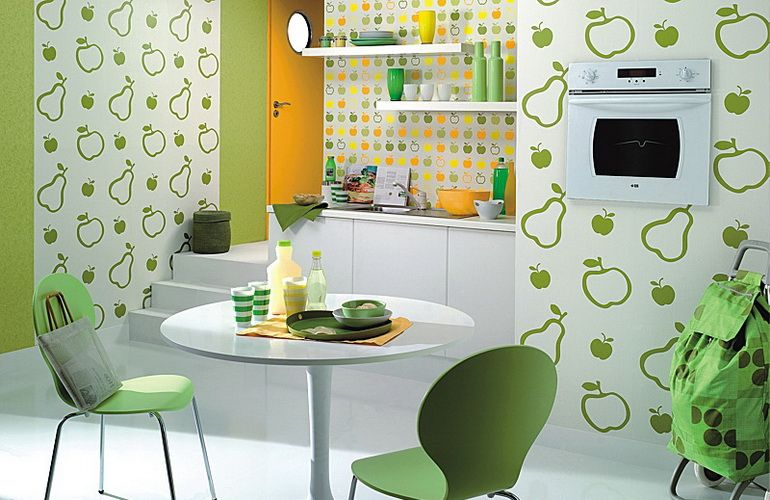 Рисунок обоев для стен кухни