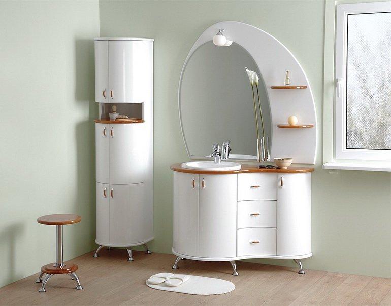 оригинальная мебель для ванной в качестве декора