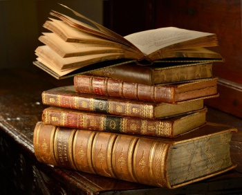 AntiqueBooks,