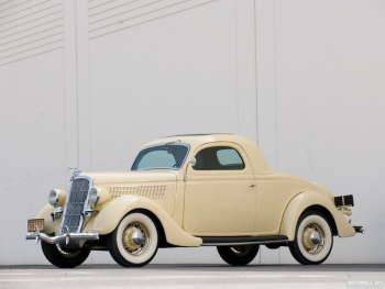 Ford V8 Deluxe 3-window Coupe (48) '1935,