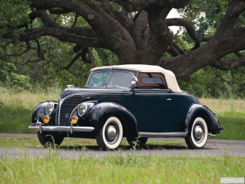 Ford V8 Deluxe Convertible Coupe '1938,