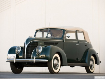 Ford V8 Deluxe Convertible Sedan (81A-740) '1938,