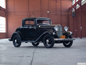 Ford V8 Deluxe Coupe (18-520) '1932,