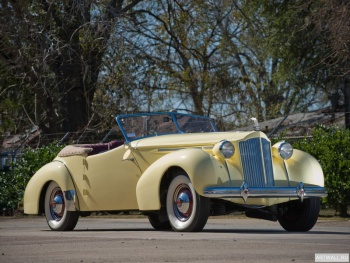 Packard Eight Convertible Victoria by Darrin '1939,