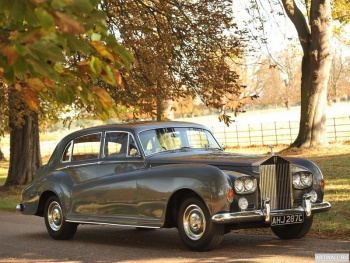 Rolls-Royce Silver Cloud LWB Saloon by James Young (III) '1965,