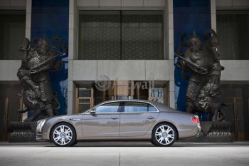 Bentley Continental Flying Spur (арт. am1418),
