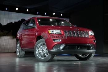 Jeep Grand Cherokee SRT8 (арт. am2000),