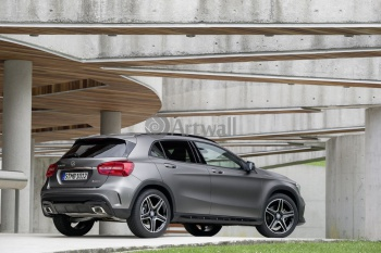 Mercedes-Benz GLA,